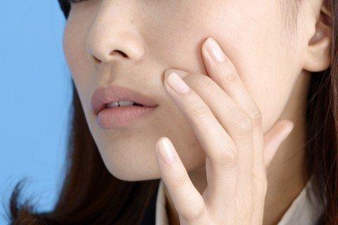 ニキビ ホルモン治療 ピル 肌荒れ プロゲステロン プロゲストーゲン