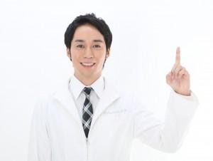 西川医師写真3 (1)