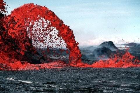 ニキビ 血 噴火